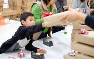 students tecma gift, christmas gifts tijuana students, tecma toys tijuana